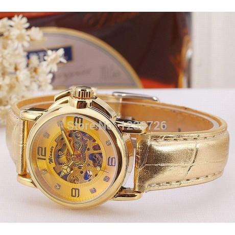 Dámské hodinky  s průhledným ciferníkem